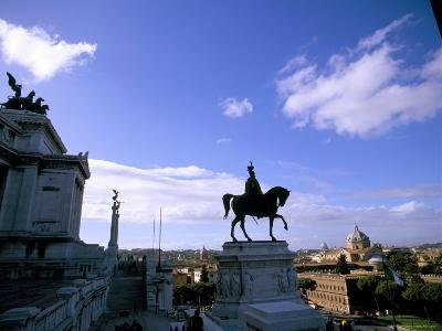 Piazza Venezia, Rome, Lazio, Italy-Oliviero Olivieri-Photographic Print
