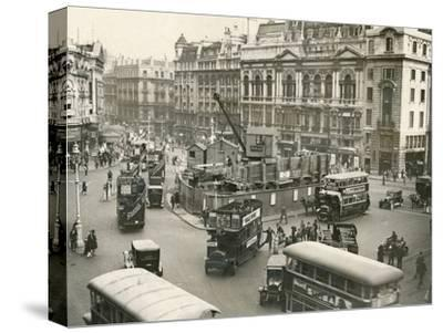 Piccadilly Circus 1928