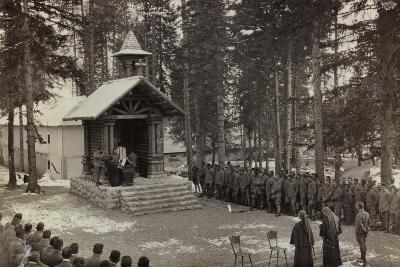Pictures of War II: Italian Soldiers Participating in the Mass at the Chapel--Photographic Print