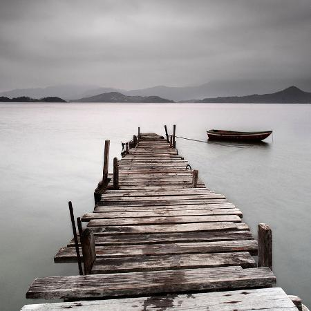 pier-and-boat-ii