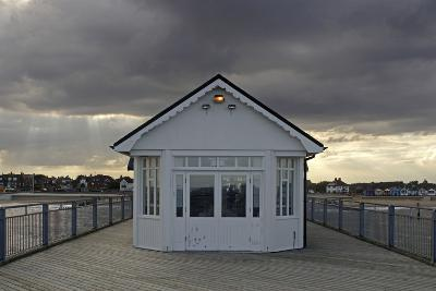 Pier, Southwold, Suffolk-Peter Thompson-Photographic Print