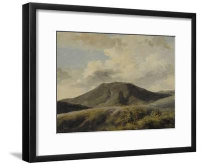 A Rocca di Papa : le Monte Cavo sous un ciel nuageux