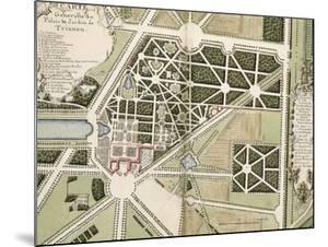 """Recueil des """"Plans des châteaux et parcs de Versailles, Trianon et Marly vers 1732"""" ; Relié aux by Pierre Prieur"""