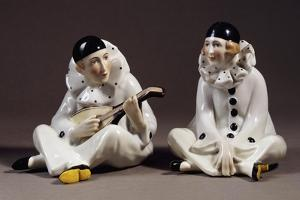 Pierrot and Pierrette, Porcelain, Gotha Manufacture, Thuringia, Germany
