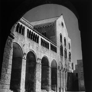 The South Side of the Basilica of San Nicola in Bari by Pietro Ronchetti