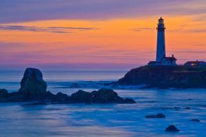 Pigeon Point Lighthouse at dusk, Pescadero, California, USA