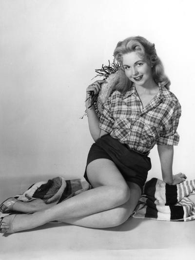 Pin-Up in Shorts 1950S-Charles Woof-Photographic Print
