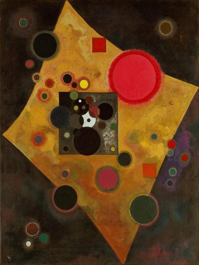 Pink Accent. 1926-Wassily Kandinsky-Giclee Print
