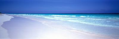 Pink Sand Beach Harbour Island Bahamas--Photographic Print