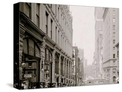 Pittsburg, Pa., Fifth Avenue, Looking North