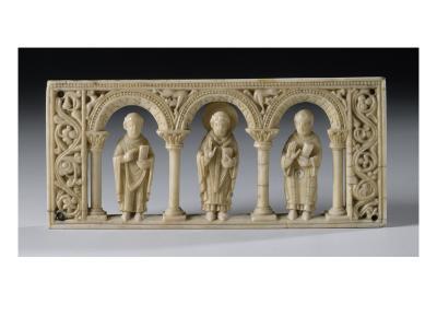 Plaque d'autel portatif : Saint Rustique, Saint Denis et Saint Eleuthère--Giclee Print