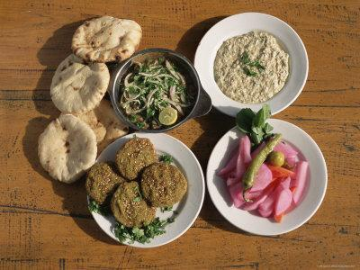 https://imgc.artprintimages.com/img/print/plates-of-traditional-food-falafel-babaghanoush-and-shawarma-egypt-north-africa_u-l-p2l3ay0.jpg?p=0