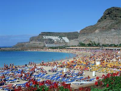 Playa Del Amadores, Gran Canaria, Canary Islands-Peter Thompson-Photographic Print