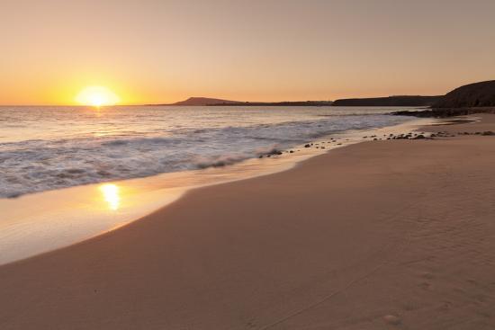 Playa Papagayo Beach at Sunset, Near Playa Blanca, Lanzarote, Canary Islands, Spain-Markus Lange-Photographic Print