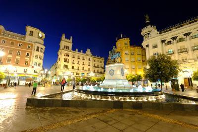 Plaza Tendillas, Cordoba, Andalucia, Spain-Carlo Morucchio-Photographic Print