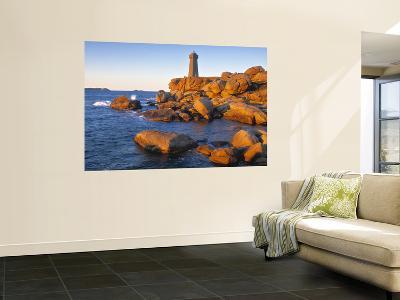 Ploumanach Lighthouse, Cote de Granit Rose, Cotes d'Amor, Brittany, France-Doug Pearson-Wall Mural