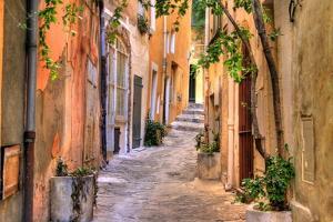 Small Street at Saint Tropez, Cote D'azur, France by PlusONE