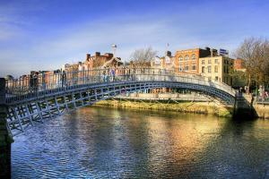 The Half Penny Bridge (Also known as Ha'(Lf) Penny Bridge) in Dublin, Ireland by PlusONE