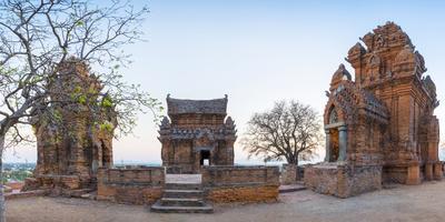 https://imgc.artprintimages.com/img/print/po-klong-garai-temple-13th-century-cham-towers-phan-rang-thap-cham-ninh-thuan-province-vietnam_u-l-q12sb710.jpg?p=0