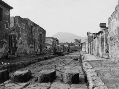 Pompeii Street--Photographic Print