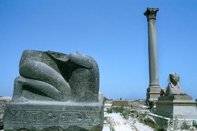 Pompey's Pillar, Alexandria, Egypt--Photographic Print