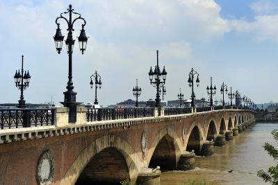 Pont de Pierre on the Garonne River, Bordeaux, UNESCO Site, Gironde, Aquitaine, France-Peter Richardson-Photographic Print