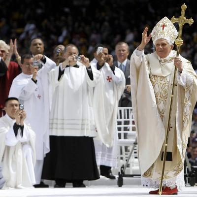 Pope Benedict XVI Acknowledges the Crowd as He Arrives for a Mass--Photographic Print