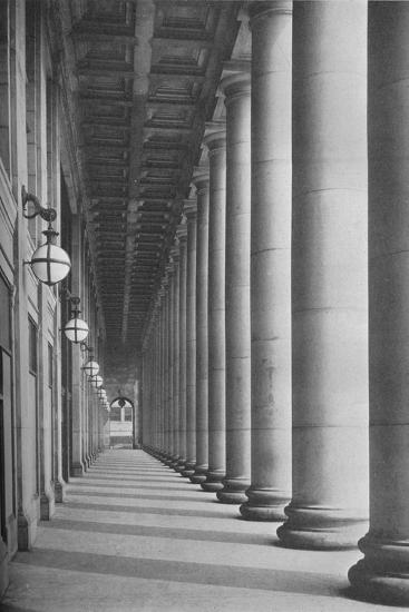 Portico facing Canal Street, Chicago Union Station, Illinois, 1926--Photographic Print