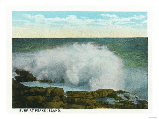 Portland, Maine - Peaks Island View of the Surf-Lantern Press-Art Print