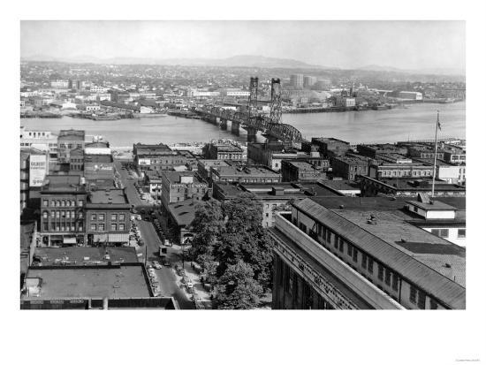 Portland, OR View of City and Hawthorne Bridge Photograph - Portland, OR-Lantern Press-Art Print