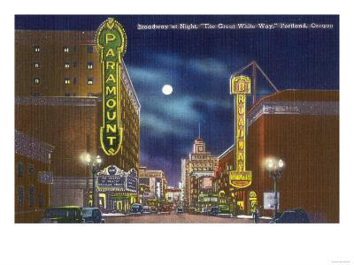 Portland, Oregon - View of Broadway at Night, the Paramount Theatre Scene-Lantern Press-Art Print
