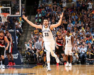 Portland Trail Blazers v Memphis Grizzlies - Game Two-Joe Murphy-Photo