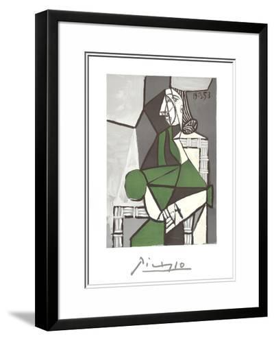 Portrait de Femme Assise, Robe Verte-Pablo Picasso-Framed Art Print