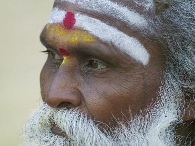 Portrait of a Holy Man, Varanasi, India-Keren Su-Photographic Print