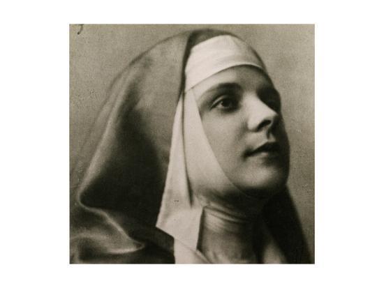 Portrait of Gilda Dalla Rizza--Giclee Print