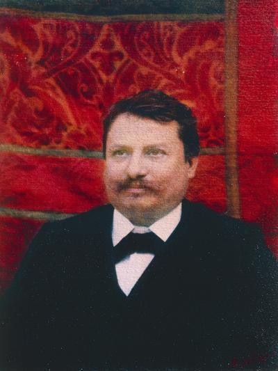 Portrait of Giovanni Pascoli--Giclee Print