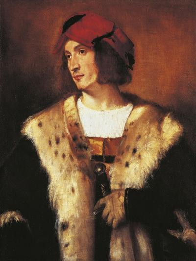 Portrait of Young Man Dressed in Fur, 1535-Titian (Tiziano Vecelli)-Giclee Print