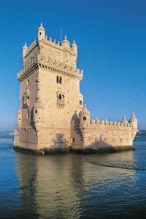 https://imgc.artprintimages.com/img/print/portugal-lisbon-belem-tower_u-l-pp9fhz0.jpg?p=0