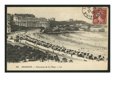 Postcard Depicting the Grande Plage of Biarritz, C.1900 (B/W Photo)-French Photographer-Giclee Print