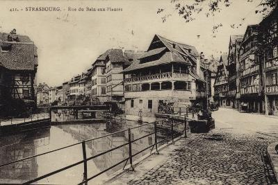 Postcard Depicting the Rue Du Bain-Aux-Plantes--Photographic Print