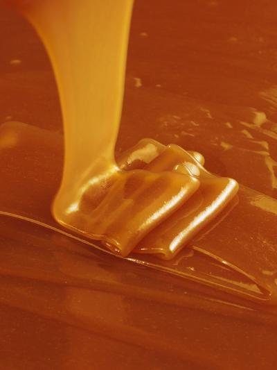 Pouring Caramel Sauce-Colin Erricson-Photographic Print