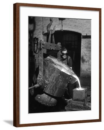 Pouring Molten Metal-Heinz Zinram-Framed Photographic Print