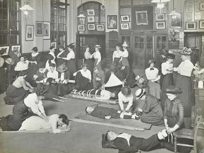 Practical First Aid Class for Women, Blackheath Road Evening Institute, 1914--Photographic Print