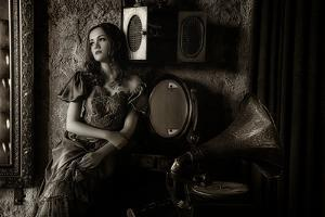 Listen to the Old Music by Pramujo Sri