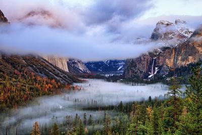 https://imgc.artprintimages.com/img/print/presence-clearing-storm-and-fog-at-tunnel-view-yosemite-national-park_u-l-q10dh500.jpg?p=0