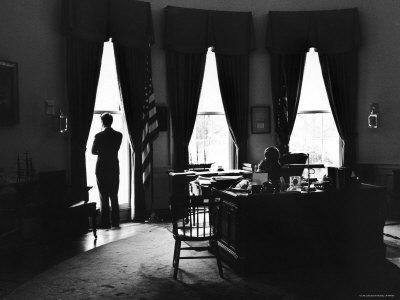 https://imgc.artprintimages.com/img/print/president-john-f-kennedy-and-attorney-gen-robert-f-kennedy-in-the-oval-office-at-the-white-house_u-l-p624xi0.jpg?p=0