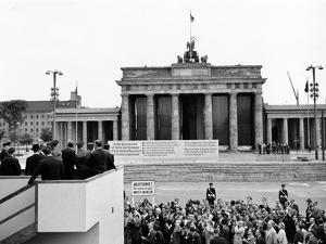 President John Kennedy Visits the Berlin Wall