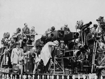 Press and Newsreel Long-Focus Cameras are Trained on the Royal Box at Ascot--Photographic Print