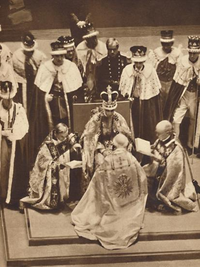 'Primate Kneels at the King's Knees', May 12 1937-Unknown-Photographic Print