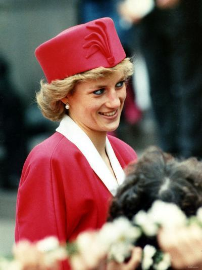 Princess Diana, on Walkabout During Visit Wearing Red Suit and Red Pillbox Hat, May 1989--Photographic Print